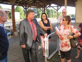 MdL Martin Burkert informiert sich bei der SPD über den Bahnhof in Bad Neustadt